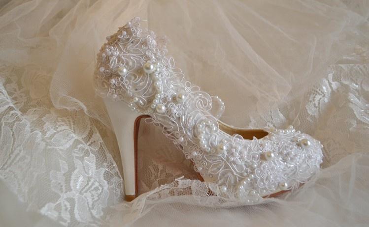 حذاء الزفاف بين الموضة والتقليد